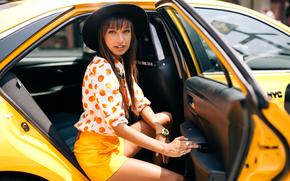 Стиль: модель, стиль, взгляд, шляпка, такси, машина