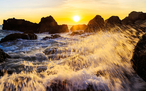 Пейзажи: закат, море, скалы, брызги, пейзаж
