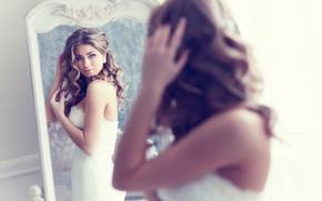Стиль: невеста, зеркало, отражение, взгляд