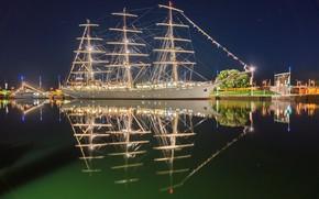 Корабли: Dar M?odzie?y, Bremerhaven, Germany, Weser River, Дар Молодёжи, Бремерхафен, Германия, река Везер, фрегат, парусник, река, отражение