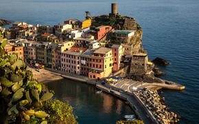 �����: Vernazza, Cinque Terre Coast, Italy