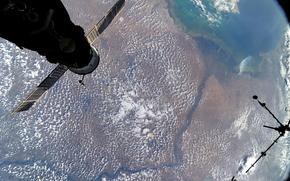 Космос: Река Волга, МКС, Земля, Космос