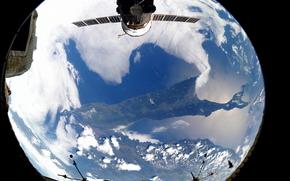 Космос: Земля, остров, Сахалин, Россия, МКС, космос