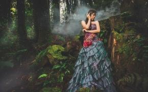 Стиль: азиатка, платье, маска, лес