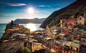 Город: Vernazza, Cinque Terre, Liguria, Italy, Ligurian Sea, Вернацца, Чинкве-Терре, Лигурия, Италия, Лигурийское море, море, побережье, здания