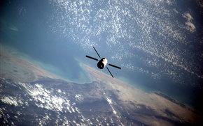 Космос: Земля, космос, наука, техника, орбита, облака, аппарат, вода, суша