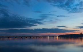 Город: Вечер, сумерки, мост, река, Волга, город, Ульяновск, Россия, луна, небо, облака