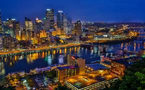 Город: Pittsburgh, Pennsylvania, Monongahela River, Golden Triangle, Питтсбург, Пенсильвания, река Мононгахила, Золотой треугольник, ночной город, небоскрёбы, здания, река, мосты