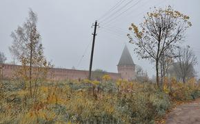 Город: Смоленск, Россия, крепость, стена, деревья, листь, осень, трава, столб, провода, дорога