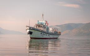 Корабли: Катер, Телецкое озеро, Алтай, Россия, горы, красота, лето, пейзаж, радость