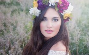 Настроения: лицо, взгляд, волосы, венок, цветы