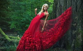 Стиль: модель, поза, красное платье, платье, дерево