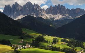 Пейзажи: Santa Maddalena, Trentino Alto Adige, Italia, Санта-Маддалена, Трентино-Альто-Адидже, Италия, горы, холмы, дома, деревья, пейзаж