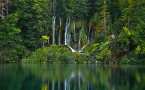 Природа: Plitvice Lakes National Park, Croatia, Национальный парк Плитвицкие озёра, Хорватия, водопад, озеро, вода, лес, деревья