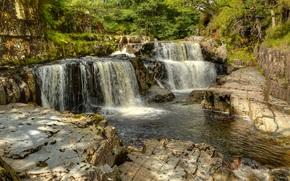 Природа: водопады, река, скалы, деревья, природа
