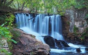 Природа: водопад, скалы, природа