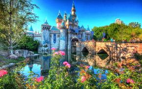 Город: Диснейленд, Южной Калифорнии, праздновал свое 60-летие