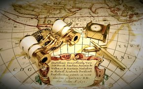 Обои Разное: карта, часы, бинокль, ручка