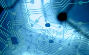 Hi-tech: плата, отражение, дорожки