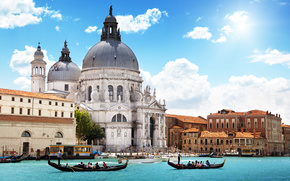Венеция, Италия, город, архитектура, собор, Санта-Мария делла Салюте, море, канал, гондолы, люди, небо, облака обои, фото