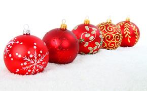 игрушки, новогодние, елочные, шары, красные, узоры, золотые, серебристые, снег, Новый Год, Рождество, Новый год обои, фото