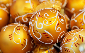 шары, золотые, узоры, белые, елочные, игрушки, праздники, Новый Год, Рождество, Новый год обои, фото