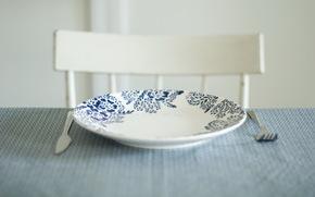 knife, fork, plate